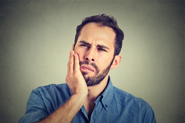 Infected Root Canal Warning Signs